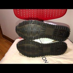 Louis Vuitton Shoes - Run away sneaker
